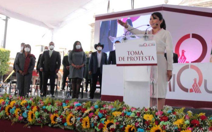 Toma de protesta Araceli Beltrán